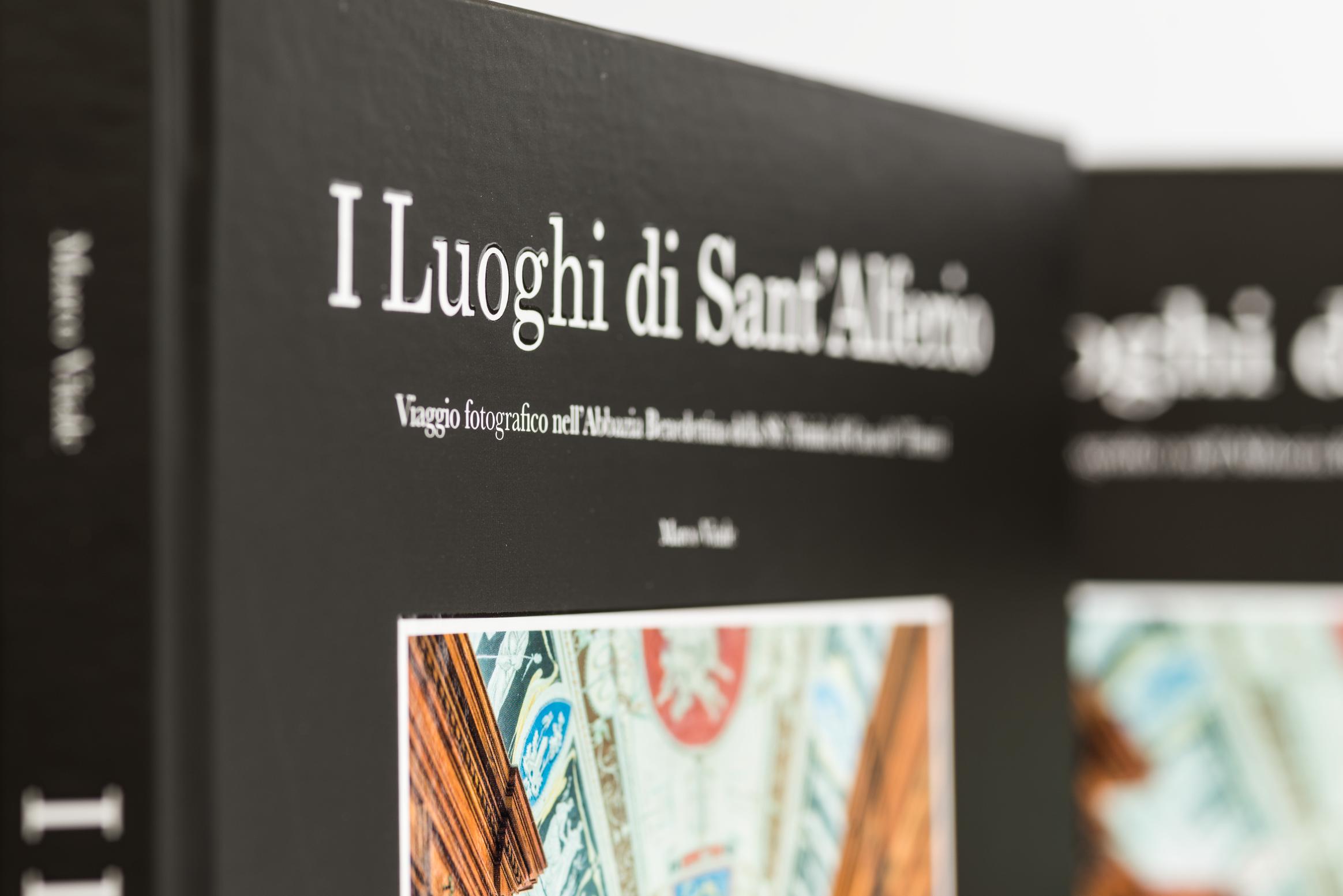 Libro fotografico sulla abbazia Benedettina della SS. Trinità di Cava de' Tirreni